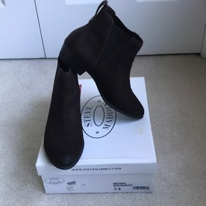 Steve Madden brown leather slip on booties